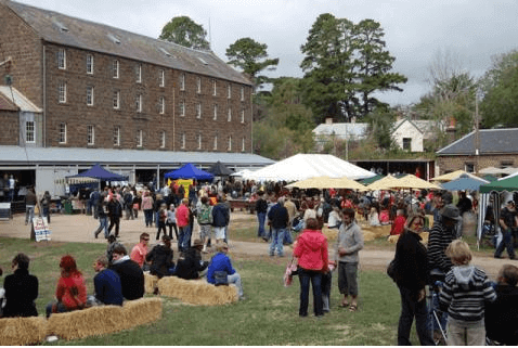 Andersons Mill Festival crowd