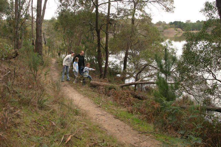 St Georges Lake narrow trail
